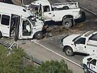 Accident cu 13 morti in Texas. Un microbuz s-a ciocnit frontal cu o camioneta
