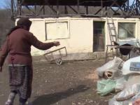 Un bărbat din Dâmbovița s-a rănit grav în timp ce tăia lemne cu gaterul, în curte