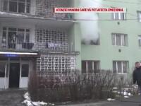 Incendiu într-un bloc din Brașov. Pompierii au salvat 20 de persoane