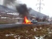 Doi soți au ars de vii după ce mașina lor a fost lovită în plin de un autoturism intrat pe contrasens