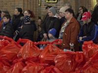 O asociație pentru femei ajută familiile nevoiașe din Maramureș, înainte de Paște