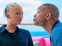 Reacția robotului Sophia atunci când actorul Will Smith încearcă să o sărute. VIDEO