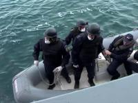 România riscă să ajungă rută pentru migranţi. Autorităţile se pregătesc cu nave şi avioane