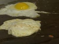 Avertisment legat de consumul de ouă. Ce se întâmplă dacă mănânci mai mult de 3 pe zi