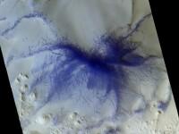 Un uriaş păianjen albastru, fotografiat pe Marte. Explicaţia specialiştilor. GALERIE FOTO