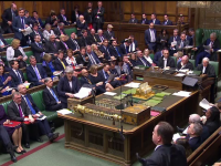 Parlamentul britanic a respins a treia oară tratatul privind Brexitul. Reacția Theresei May