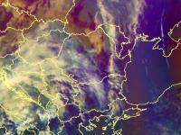 Cod galben de ploi torenţiale, cu descărcări electrice şi vânt puternic. Zonele vizate