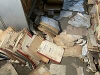 Dezastrul găsit într-o arhivă a Casei de Pensii Bucureşti. Dosarele sunt ținute în condiții mizere