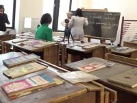 Expoziție inedită la Iași. Cum arăta o sală de clasă pe vremea comunismului