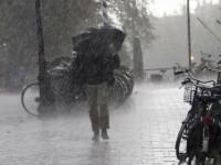 Vremea se răceşte accentuat în toate regiunile, de sâmbătă seara. Precipitaţii mixte şi vânt puternic