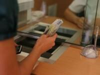 Protecția Consumatorilor cere amânarea cu 90 de zile a plății ratelor bancare