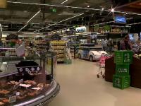 Reguli stricte pentru magazine, pieţe şi parcuri. Toate mall-urile din România, închise