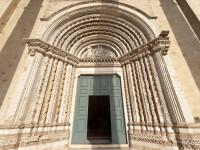 """Biserica de la care a pornit epidemia de coronavirus din Franța: """"A fost o bombă cu ceas!"""""""