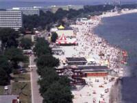 Curatenie cu scandal pe litoral! Constructiile ilegale, demolate