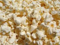 Romanii inghit 550 kg popcorn intr-un weekend la un singur cinematograf