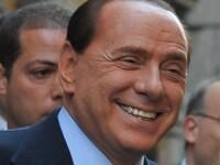 Tratatie speciala. Berlusconi, desfatat de 6 dansatoare la bara in Brazilia