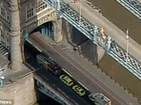 Sase raniti, dupa ce liftul de la Tower Bridge a cazut in gol cativa metri