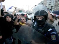 Violente inainte de Steaua-Rapid! Politist muscat de mana de un suporter