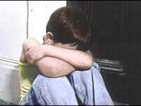 L-au salvat din iad! Copilul legat de gard, internat intr-un centru special