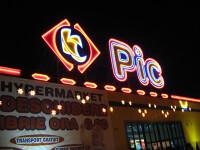 Cea mai mare retea romaneasca de supermarketuri, aproape de faliment