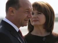 Traian Basescu si-a uitat sotia la targul de antichitati de pe litoral!