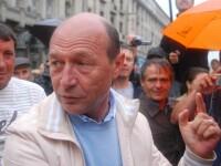 Traian Basescu: bai de multime, la Targu Mures!