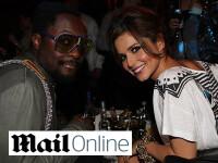 Cheryl Cole se consoleaza in bratele lui Will.i.am! L-a prezentat si mamei