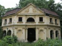 Castelul de la Banloc - povestea unor ruine