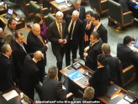 Parlamentarii romani isi storc creierii: cum sa faca sa reduca cheltuielile
