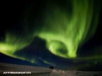 Polii magnetici ai Pamantului, loviti de o furtuna solara. Urmarea in FOTO