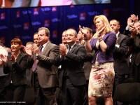 Alegeri 2012. Candidatii PDL la locale s-au lansat cu muzica populara si sloganuri mobilizatoare