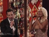 Niciun barbat nu a mai auzit-o cantand. Christina Aguilera a oferit o priveliste AMPLA in decolteu