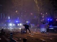 Cuminti in Romania, huligani la ei acasa. Fanii lui Atletico Madrid s-au incaierat cu jandarmii