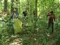 3.000 de voluntari au pus mana pe saci si manusi si au curatat judetul Timis de deseuri