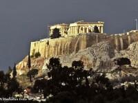 O carte in care un criminal in serie ucide miliardari evazionisti este bestseller in Grecia
