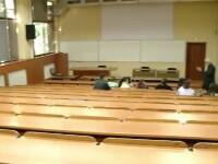 Bacalaureat 2012. Telefonul, dusmanul examenelor. Un elev din Gherla a fost eliminat de la Bac