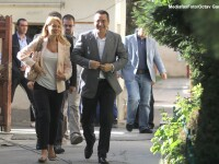Victor Ponta merge si el la mare de 1 Mai, dar asigura ca nu va sta in vila cu Traian Basescu