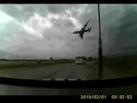 Imagini dramatice filmate de un amator in momentul in care un Boeing s-a prabusit in Afganistan