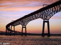 Unul dintre cele mai periculoase poduri din lume: soferii platesc sa fie condusi in propriile masini