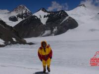 Expeditiile pe Everest, in asteptare din cauza vantului puternic. Cand isi va continua Horia Colibasanu drumul spre varf