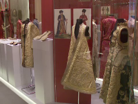 Istoria hainelor romanesti, intr-o expozitie unica, in Capitala. Cum se imbraca Regina Maria pentru evenimentele mondene