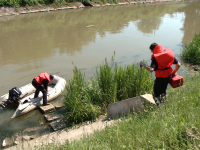 Un tanar aradean de 18 ani, care invata la un liceu din Timisoara, a fost gasit inecat in raul Bega