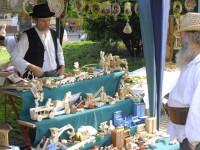 Peste 80 de mesteri populari isi dau intalnire in Cluj-Napoca. Arta traditionala autentica imbogateste centrul orasului