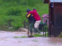 Ploile nu se opresc pana miercuri, iar 13 judete sunt amenintate de inundatii. Prognoza meteo pe urmatoarele trei zile