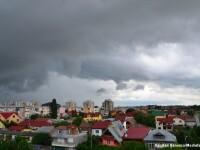Dupa valul de canicula, Romania se pregateste de ploi si vijelii. Ce se intampla cu vremea in acest weekend
