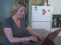 O mama din SUA a recunoscut ca si-a neglijat sotul si copiii pentru a sta pe Facebook. Barbatul a cerut in final divortul