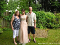 Un canadian anuntat pe Facebook ca si-a ucis fiica, sotia si sora: