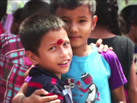 Reportaj ProTV: Mii de oameni vor muri in curand de foame in Nepal. Cat de greu e sa faci rost pana si de o gura de apa