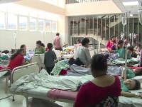 Reportaj PROTV din mijlocul unei operatiuni de ajutorare in Nepal. Se lucreaza ca-n vreme de razboi, in spitale improvizate
