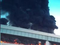 O cisterna cu 34 de tone de carburant a luat foc in Detroit. Pasagerul unei masini a filmat imagini de cosmar